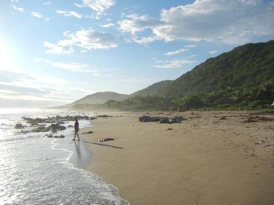 Casa de La Sirena: deserted beach