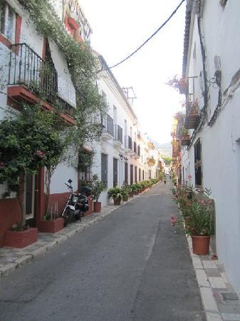 Hostal El Gallo: Outside Hostal
