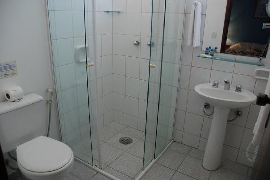 Hotel Coquille - Ubatuba: Apartament Bathrooms