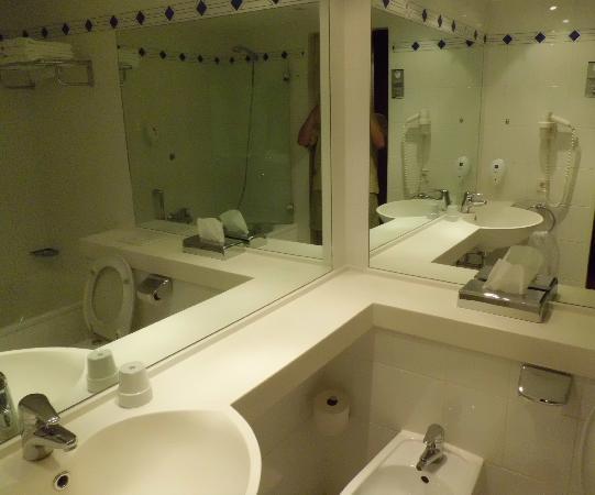 Derag Livinghotel Prinzessin Elisabeth: Bathroom