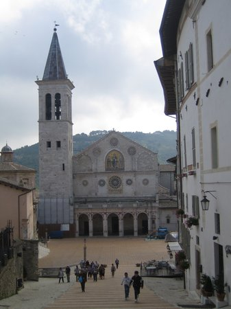 Spoleto, Italy: Piazza del Duomo