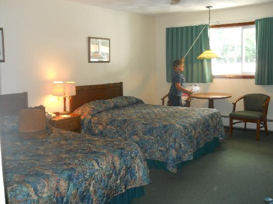 19th Green Motel : second of the room