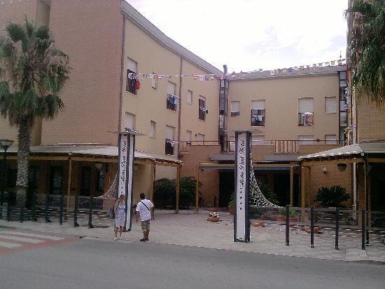 Aloha Park Hotel: Vista Ingresso Albergo