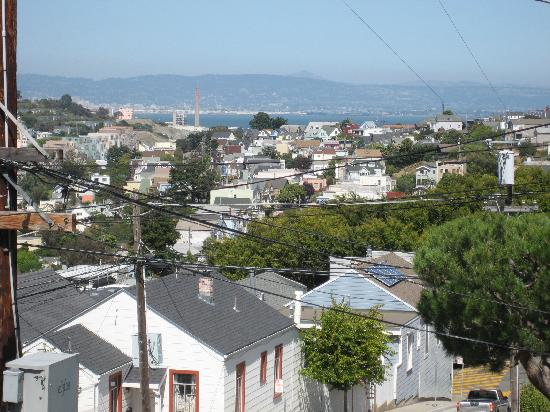 Bernalview B&B: Another view from the front
