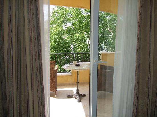 Hotel Niko: terrace