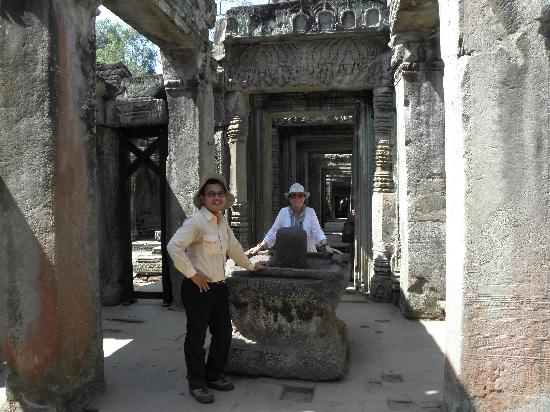 Angkor Tour Guide | English-Thai Speaking Guide in Siem ...