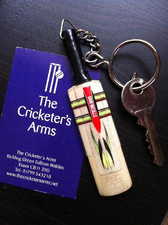 The Cricketers' Arms: Cute little key fob.