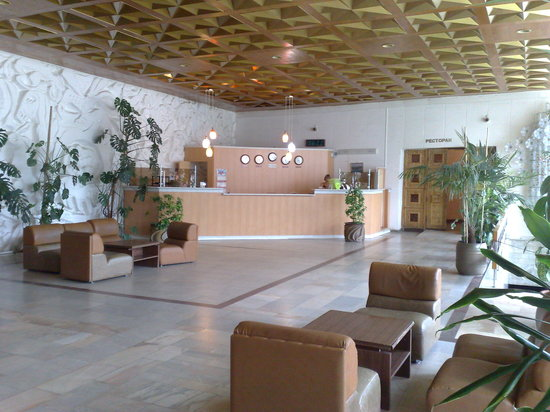 Tourist Complex Russia: The lobby of the Hotel Rossiya