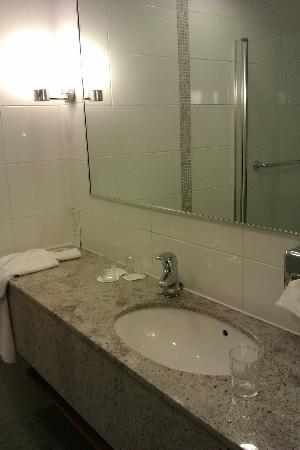 Break Sokos Hotel Flamingo: Bathroom