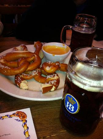 Hofbrauhaus Newport: Pretzels, bier cheese, and bier... mmm