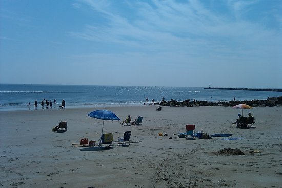 Salisbury, MA: low tide and the sunning is easy!