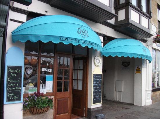 Teare Wood's Luxury Ice Cream Parlour: Teare Woods Ice-cream parlour
