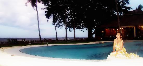 Bahay Bakasyunan Sa Camiguin: Swimming pool BBC