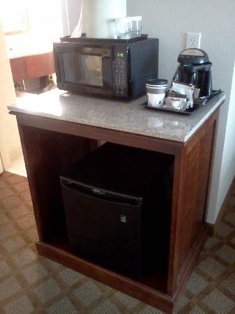 Jefferson City, MO: Mini Fridge area