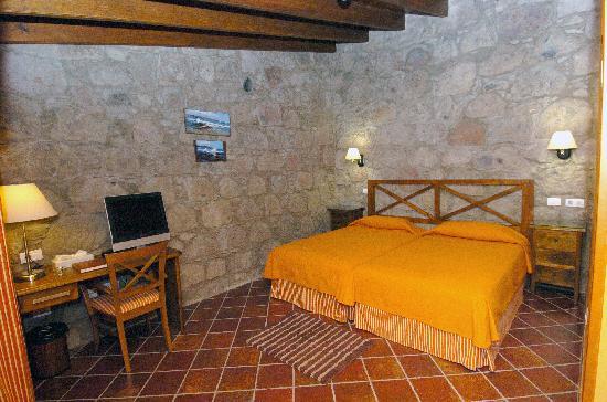 ホテル ルラル フォンダ デ ラ テア