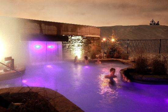 Strom Spa Nordique: Thermal whirlpools during winter