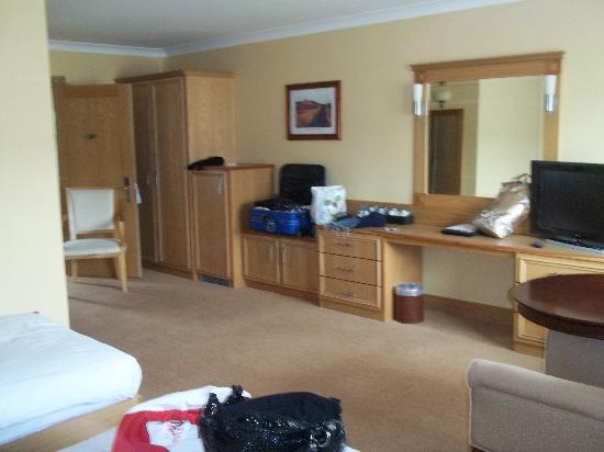 Diamond Coast Hotel: The room