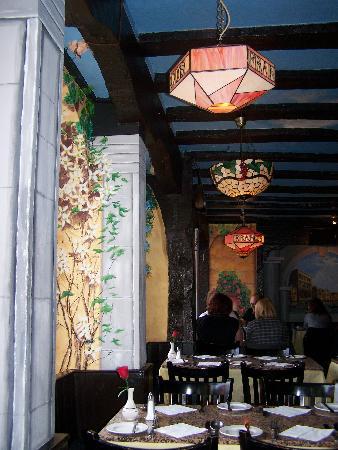 Angus Hotel: Beautiful interior in Francos
