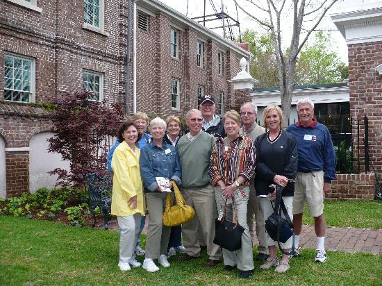 Charleston History Tours: The Seabrook Island Natural History Group Enjoys the Photo History Tour