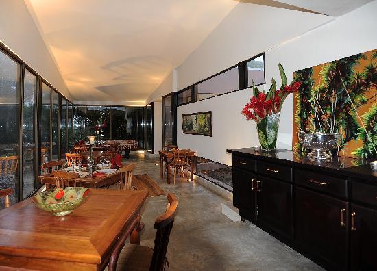 Poas Volcano Lodge: dining room
