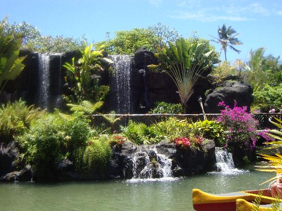 Wyndham at Waikiki Beach Walk: Polynesian Cultural Center