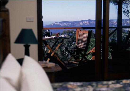 Valley of the Waters B & B: All bedrooms overlook the cliff views