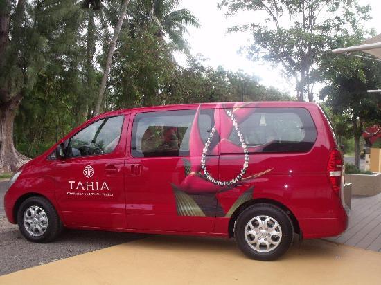 Tahia Exquisite Tahitian Pearls Moorea: our van for hotel pick up