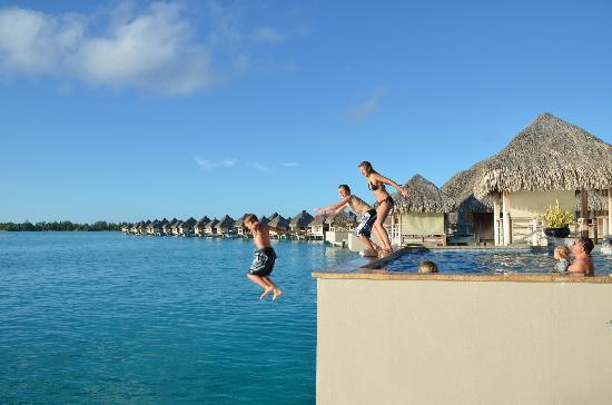 منتجع The St. Regis Bora Bora Resort: Paradise!