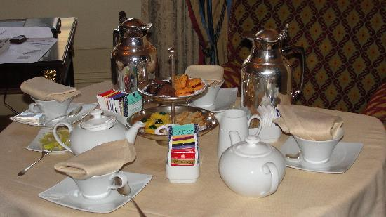The St. Regis Rome : Tea?
