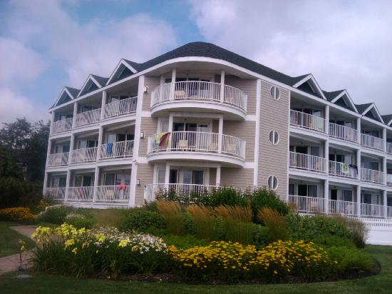 York Beach, ME: ocean suites