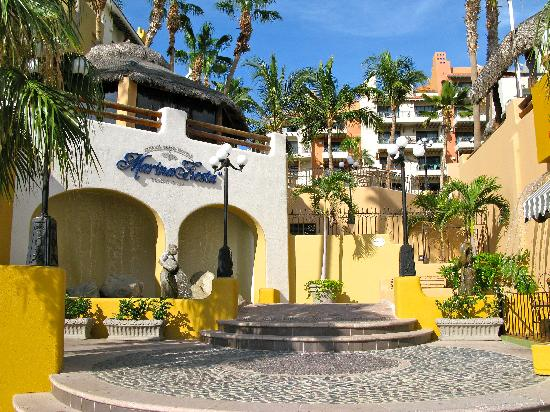 Marina Fiesta Resort & Spa: Salida a la Marina de Cabo San Lucas