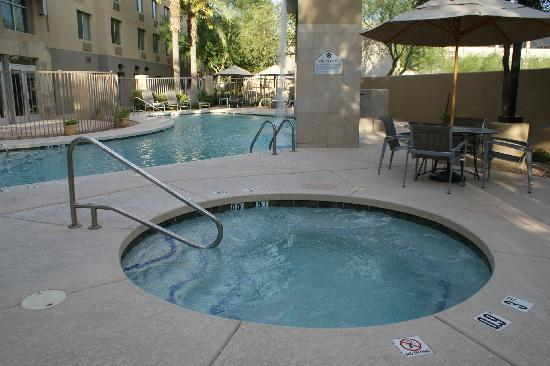 Holiday Inn & Suites Scottsdale North - Airpark : jacuzzi