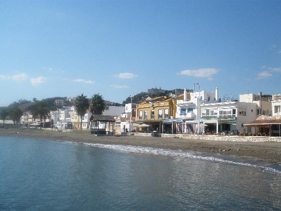 Hotel La Chancla: The hotel from the sea (the yellow one)