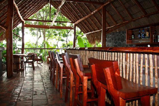 Jicaro Island Ecolodge Granada: Ecolodge Bar
