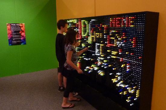 IDEA Museum: Pixel Wall