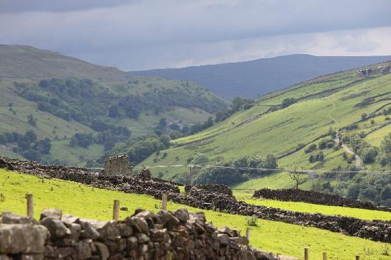 The Buck Hotel: Scenic Swaledale