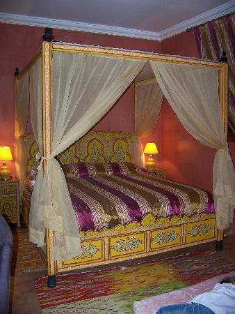 Dar Ilham: chambre de la suite