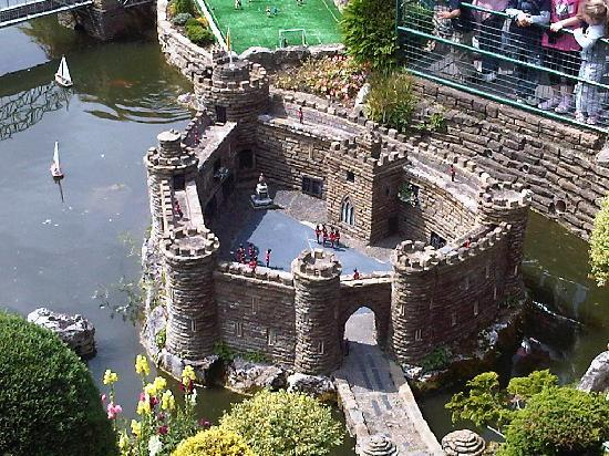 Bekonscot Model Village : .