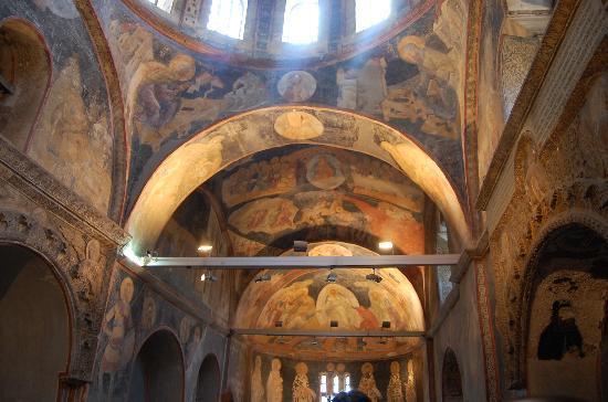 พิพิธภัณฑ์คาริเย: gli affreschi del nartece