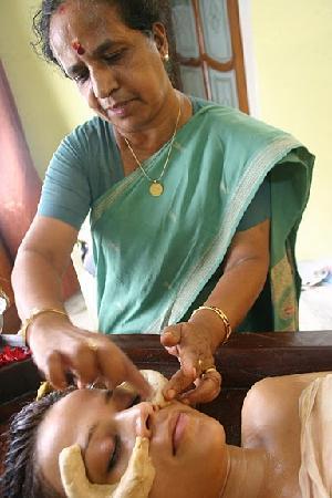 Ayurveda Kendra : Dr. Sudha Asokan
