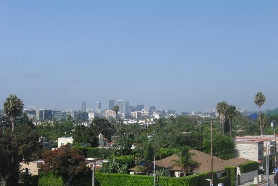 Laurel Inn: View of Los Angeles from the rooftop