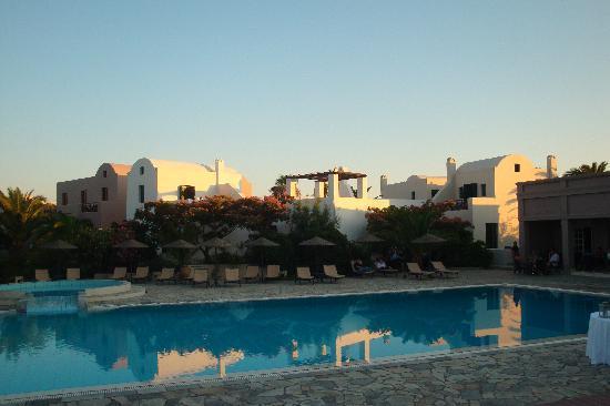 9 Muses Santorini Resort: Piscine