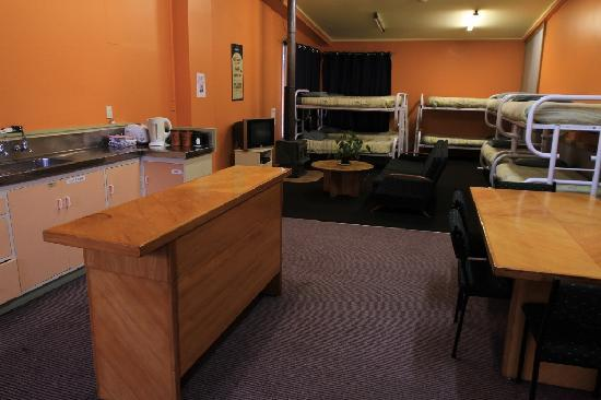 Bazil's Hostel & Surf School: Dorm with own lounge,fire and kitchen