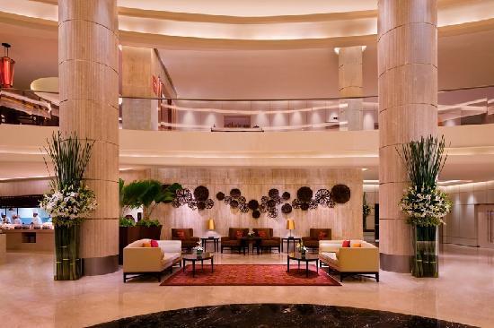 Courtyard Marriott Mumbai Lobby