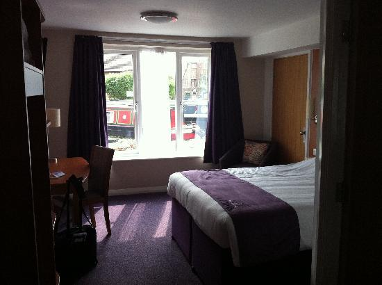 Premier Inn Huddersfield Central Hotel: groundfloor