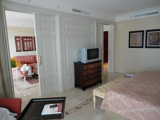 Gran Hotel Atlantis Bahia Real: suite jazmín