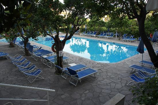 Sant'Agnello, Italy: The Pool Area