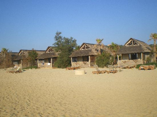 Plage de Pampelonne : bungalows de bord de plage