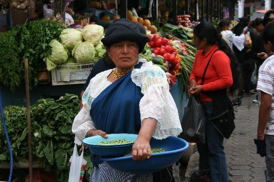 Hotel Otavalo: Otavalo market