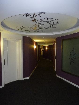 Albir Playa Hotel & Spa: pasillo hasta las habitaciones
